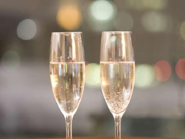 記念日誕生日に〜シャンパーニュで乾杯◇レイトチェックアウトで22時間の寛ぎの一日 じゃらん限定