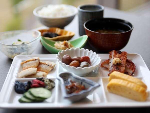 【三田ホテル】 朝食バイキング付 ご宿泊プラン