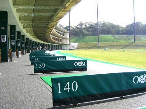 【特典付】【SANDA de GOLF】ゴルフ練習場500円利用券付プラン