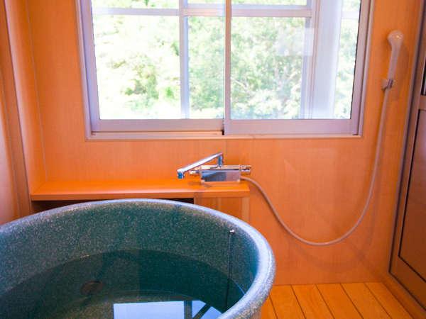 半露天風呂付和室もあります♪