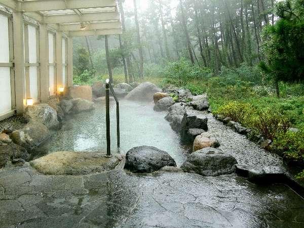 1階露天風呂(男性用)