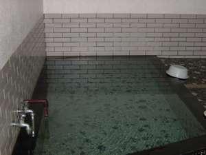 中風呂こちらも源泉100%掛け流しです。