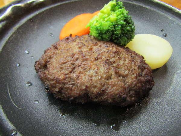 美味しいお肉は塩で召し上がれ!!但馬牛ハンバーグ×八鹿豚温野菜蒸!!&カニクリームコロッケ