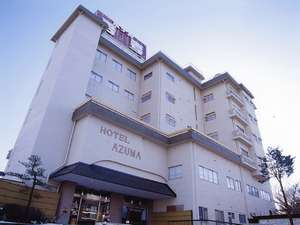 飯坂温泉郷においては一番高台に位置しており夜の温泉街を一望出来ます。