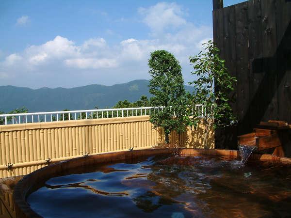屋上露天風呂「天空の湯」 写真提供:じゃらんnet