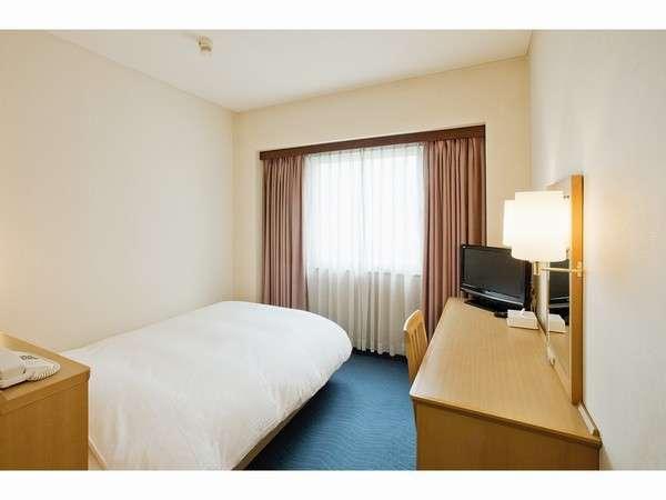 ■シングルルーム:ベッド幅は120cm幅とゆったりサイズ!全室シモンズ製ベッド!