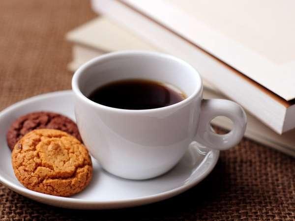 スタバでおいしいコーヒーを満喫♪(朝食なし)