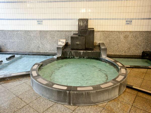 ☆【大浴場 オーロラの湯(殿方用)】PH9~9.3の温泉はお肌が驚くほどツルツルに!