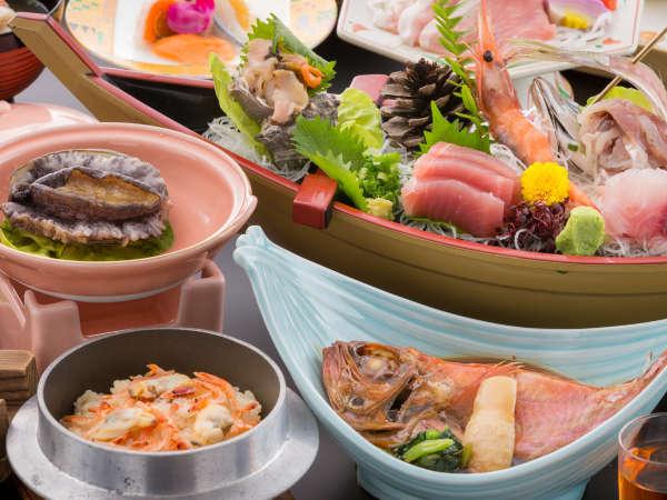 舟盛り、鮑酒蒸し、金目鯛煮付け他海の幸中心のお料理(イメージ)