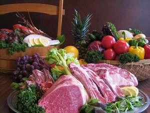三陸海の幸と秋田の地物野菜やお肉を味わえる