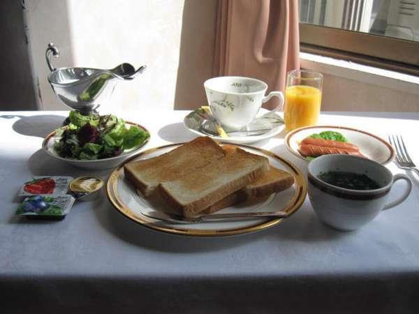 朝の無料軽食