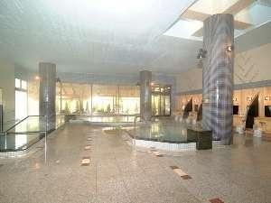 大浴場(清涼の湯)ブラックシリカの湯や源泉かけ流しの湯