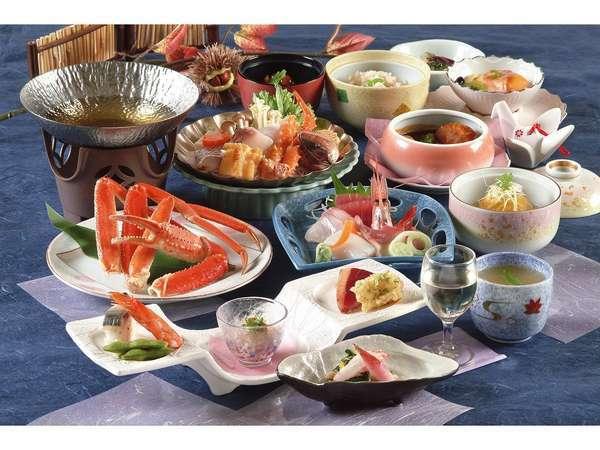 魚すき鍋とビーフシチュー、洋食も楽しめる豪華さ!計十二品の和食膳「雅膳」