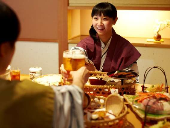 個室食事処で、カップルで気兼ねなくお食事を堪能!