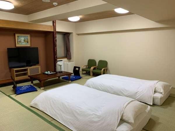和室(禁煙)10名まで宿泊できます
