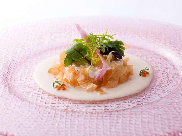 【ダイニング -Kobe Grill-】兵庫五国の四季を味わうフレンチディナー&50種以上の朝食ブッフェ