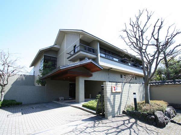 *御室仁和寺駅から、徒歩約3分と好立地!観光・ビジネスの拠点におすすめ。