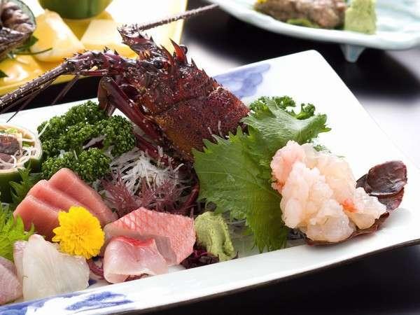 伊勢エビお造りと海と大地の恵み溶岩石焼プラン 魚肉野菜を満喫 〆は銚子郷土料理なめろう茶漬け