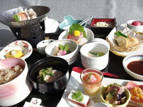 【迷ったらコチラ♪】 スタンダードプラン ☆夕・朝食共に【和食膳】/2食付き