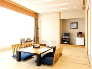 和室16畳 (3名~6名様まで) 広いお部屋でごゆっくりおくつろぎ下さい