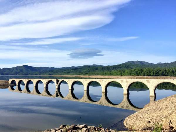 6月のタウシュベツ川橋梁2