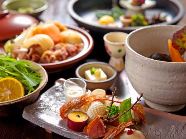 【期間限定!ポイント10%】新鮮な食材に豊かな源泉◆隠れ家で過ごす優雅な時間…≪一泊二食≫