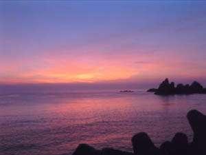 当館より望む越前海岸の夕陽