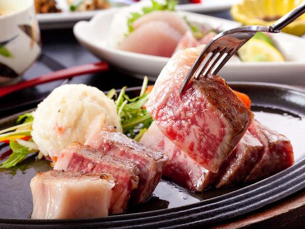 太平洋を一望!眺望抜群の露天風呂が自慢!熊野牛サーロインステーキコース
