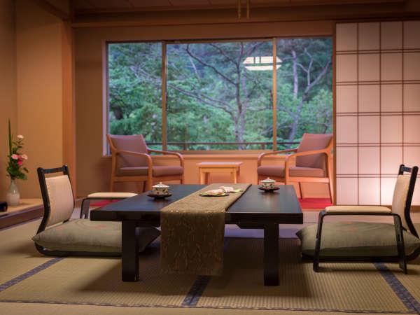 【標準和室12畳+踏込】12畳と踏込の和室は、和の感性がしっとりと息づくなごみの空間です。
