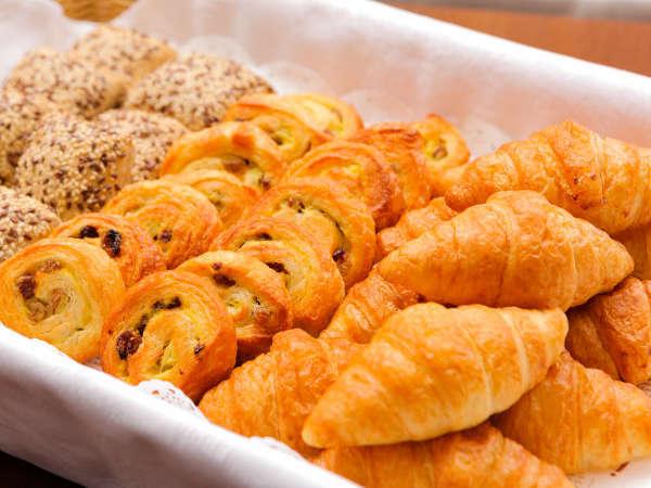 【パンの詰め合わせ付】出発が早くて、朝ごはんが食べられない方にお勧め★