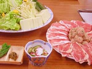≪2食付≫プチ贅沢な旅☆名物鉢伏鍋♪自家製漬け物のお土産付き!