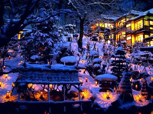 大好評!雪見ろうそく、雪景色を磨きます。
