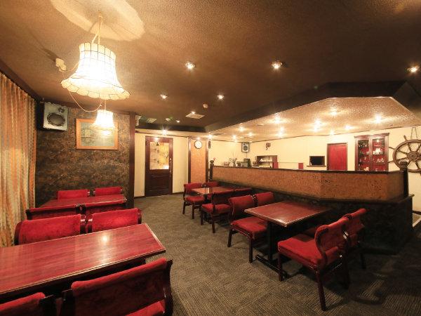 【喫茶スペース】シンプレスト函館併設のレトロカフェ。夜はBARとしてもご利用頂けます