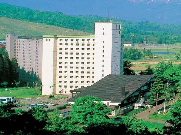 アパホテル&リゾート<妙高高原>の外観