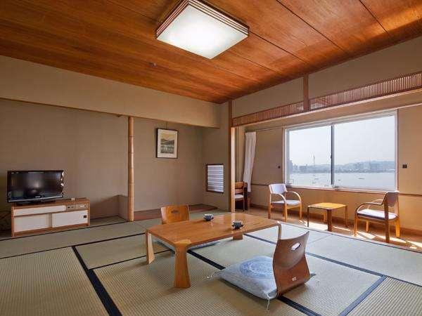 【部屋】湖側和室10畳◆37平米/喫煙