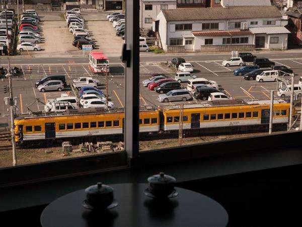 【眺望】映画RAILWAYSでお馴染みの一畑電車の見える客室も♪