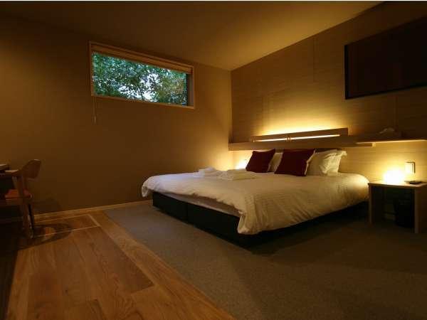 冬の木Bベッドルーム
