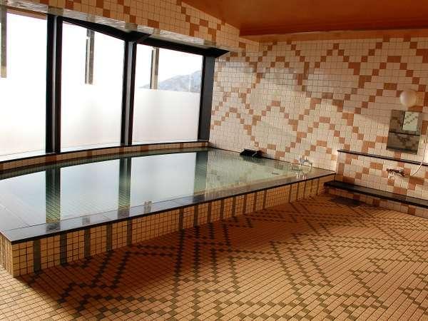 浴室からは遠く富山市街の夜景がご覧いただけます。