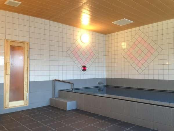 ■大浴場:足を伸ばしてのんびりリラックス♪サウナで1日の疲れをリフレッシュ!(男女時間毎入替制)