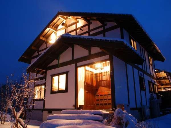 岡山ひるぜん貸別荘 雪あかりの外観