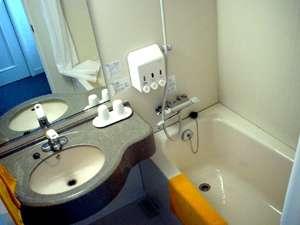 全室バストイレ完備です