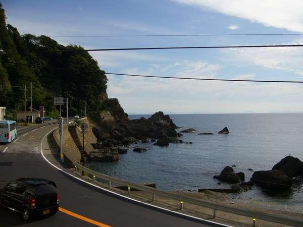 部屋からは日本海が一望(例)