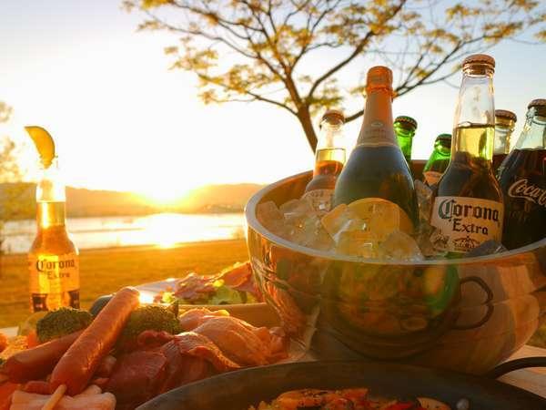【サンセットガーデンBBQ】びわ湖畔の広大な芝生で/厳選素材BBQ(シーフードパエリア付)/ドリンクフリー