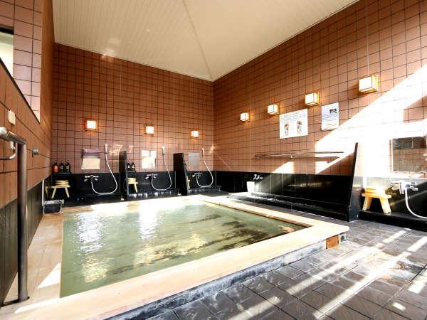 天然温泉檜風呂(ご婦人浴場)白浜温泉(循環ろ過) 源泉『藤乃湯』70度 大浴場
