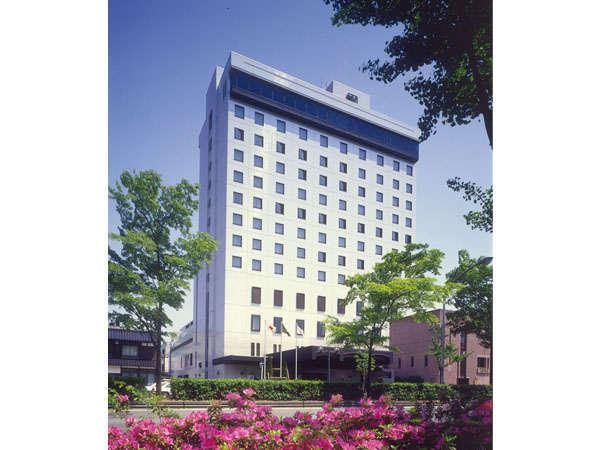 富山第一ホテルの外観