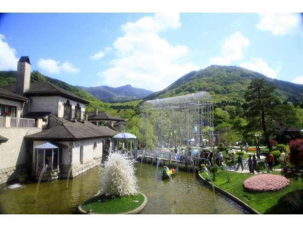 芦ノ湖畔と箱根の美術館を巡る箱根旅【ガラスの森編】