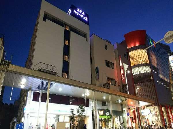 ★ホテル正面新町通り沿い(アーケード通り)から★