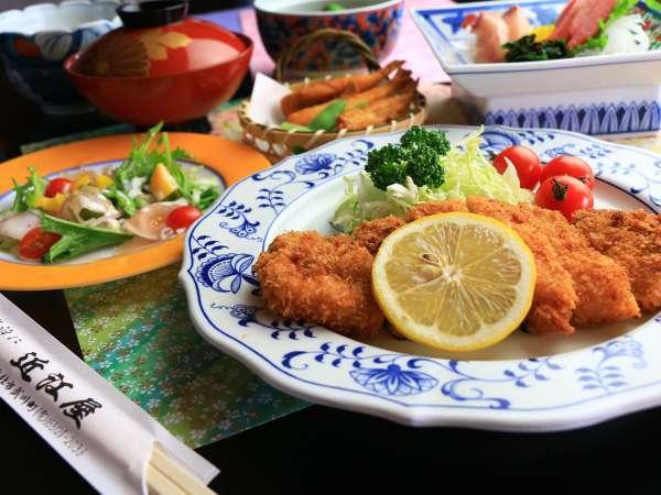 山梨の食材を中心としたお料理をご提供させて頂きます。