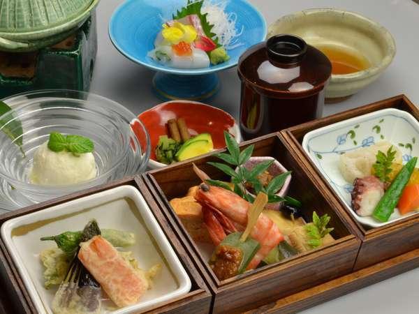【期間限定】朝夕お部屋食◆ひかえめ御膳プラン