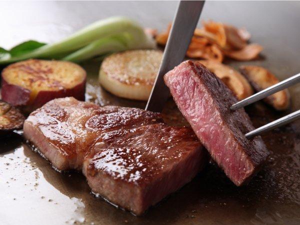 【記念日・お祝いにおすすめ】鉄板焼なにわ 贅沢ステーキディナー付き★ラグジュアリーステイ
